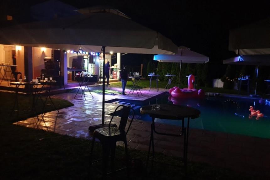 Žurka u vili u Laktašima: Racija, hapšenje, droga...