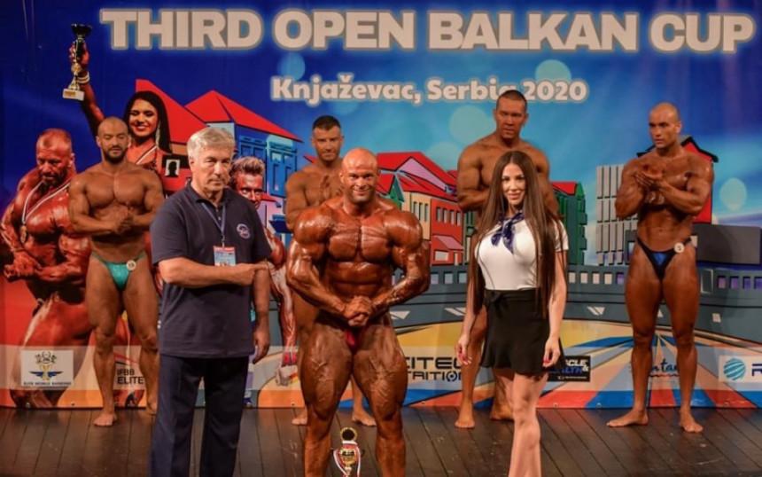 Saša Drašković osvojio zlato u bodybuildingu