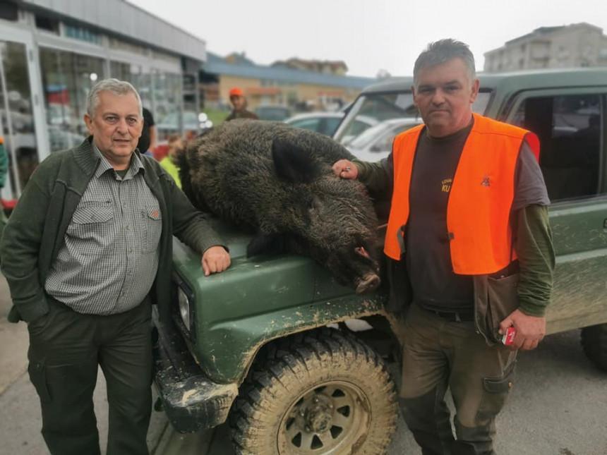 Србац: Драматичан лов, рањен вепар напао ловца