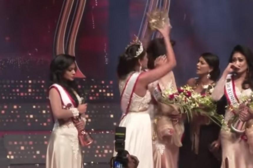 Haos na izboru za mis, otela krunu pobjednici (VIDEO)