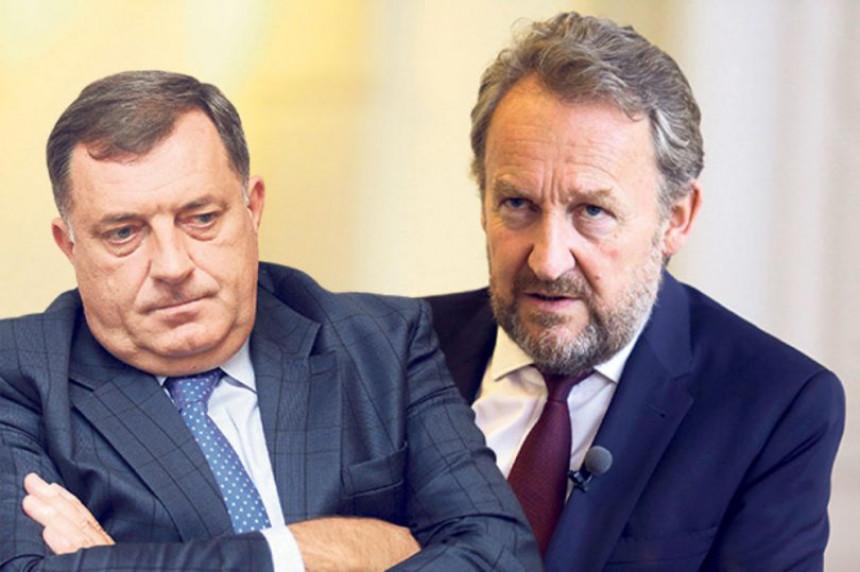 Додик и Бакир заједно у Сребреници: Ћамила изабрали за предсједника Скупштине