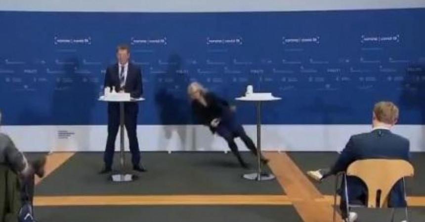 Шефица данске Агенције срушила се на пресу (ВИДЕО)