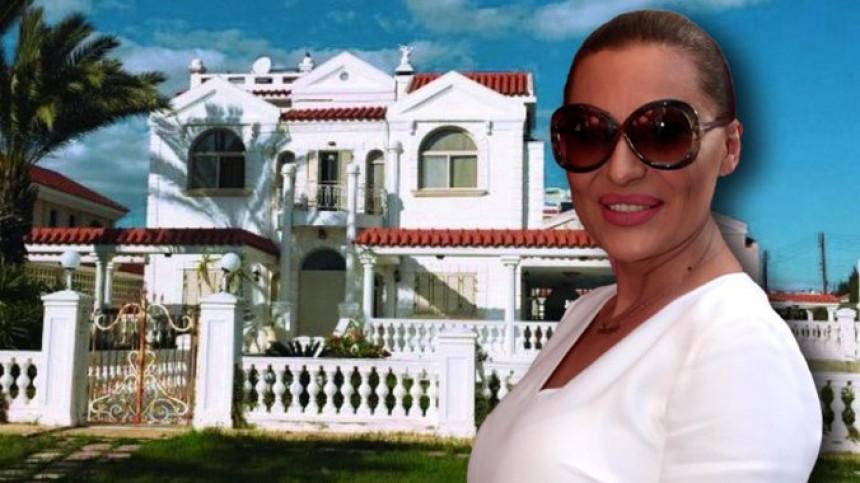 Ceca kupila vilu na Kipru uz obalu mora na kredit!