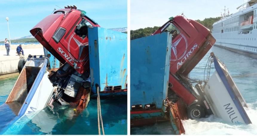 Pukli konopci, u more s broda ispalo teretno vozilo