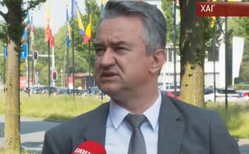Mladić iz Haga poručio: Čuvajte Republiku Srpsku!