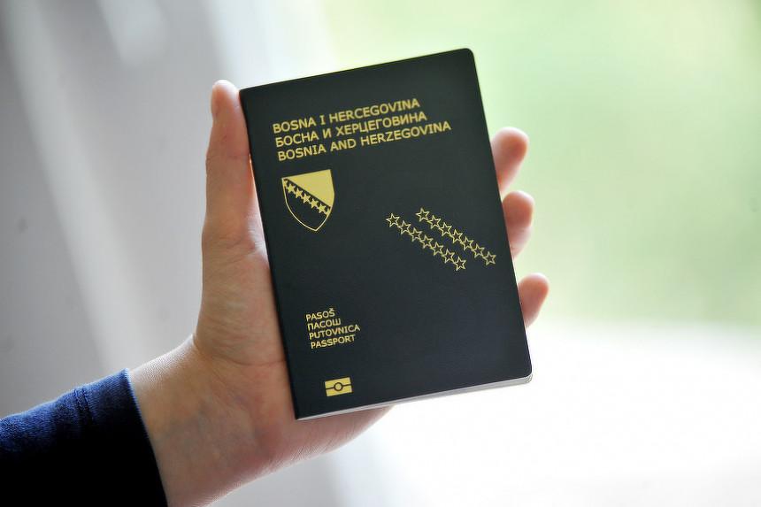 Građani BiH mogli bi ponovo ostati bez novih pasoša?