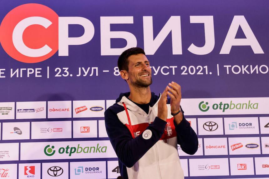 Novak uz himnu ispraćen u Tokio: Idem po zlato!