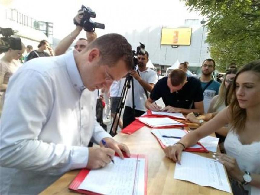Dodik pokrenuo peticiju, građani spontano potpisiju