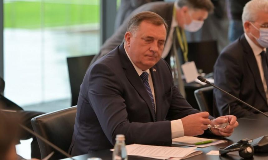 Kojem Miloradu Dodiku građani mogu vjerovati?