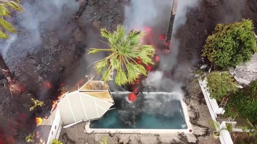 Vulkanska lava guta kuće, šteta u milionima evra