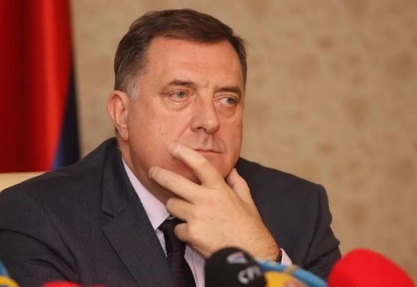 """""""Излаз из кризе је да се повуку Милорад, Горица и Игор"""""""