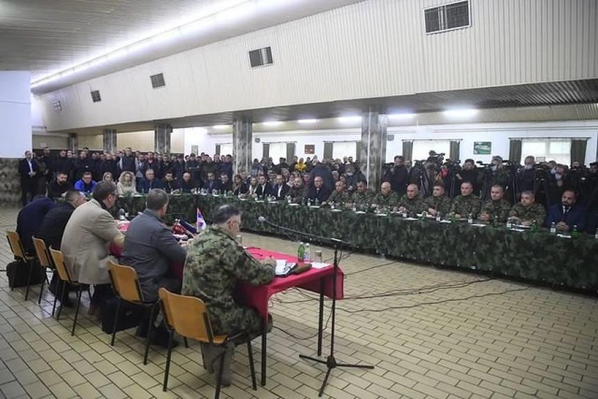 """""""Odbranićemo naš narod na KiM - Nema povlačenja!"""""""