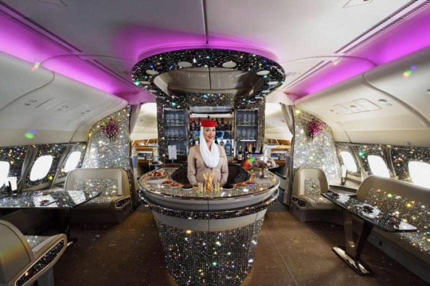 Prva klasa u avionu ukrašena sa dijamantima