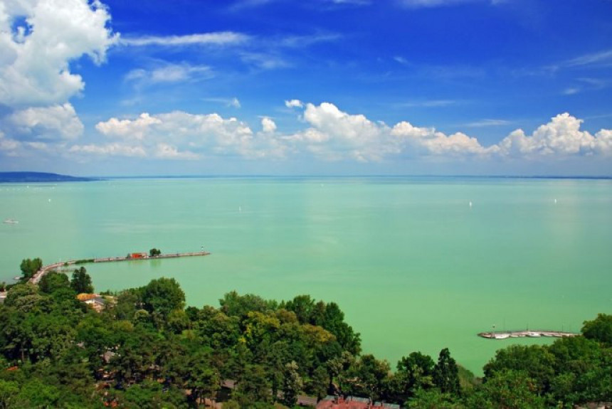 Radioaktivno jezero koje privlači turiste